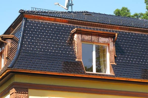 Bekannt Villa Dachsanierung VB28
